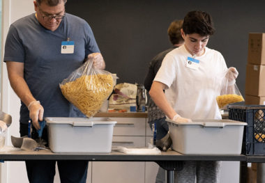 Families Fight Hunger Volunteers Make an Impact